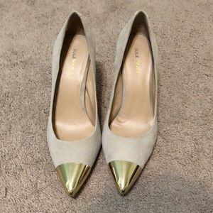 Sole Society Kella gold toe pumps size 8
